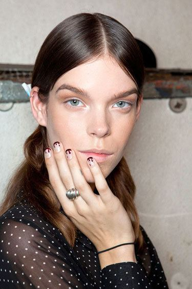 nail-trend-ss13-edgy-elements-Prabal-Gurung-lgn