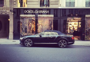 Luxury shopping tips in Paris