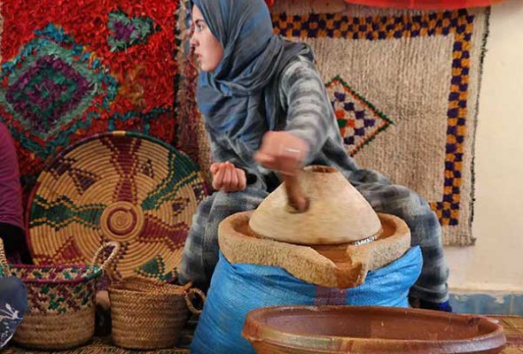 Argan oil in a nut shell - Moroccan gold women love