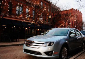 2010 Ford Fusion Hybrid Photo