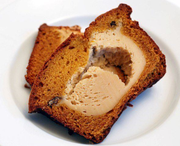 pumpkin-cheesecake-bread