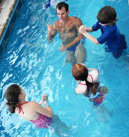aaron-peirsol-swimming-with-kids