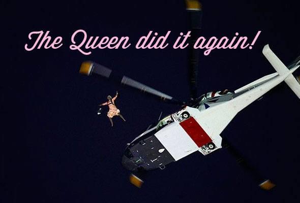 queen-parachuting-olympics