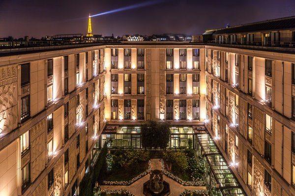 Hotel Du Collectionneur Arc de Triomphe, Paris hotel