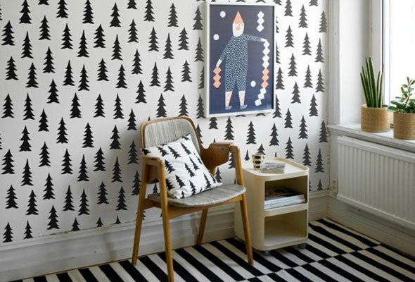 Room makeover as a gift with easy wall murals