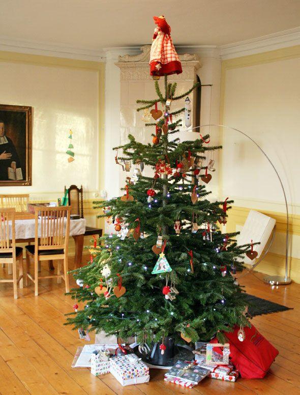 Christmas in Swedish mansion | Skimbaco Lifestyle | online ...