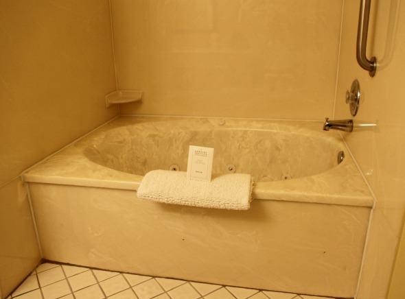 Sand Pebble Inn Tub