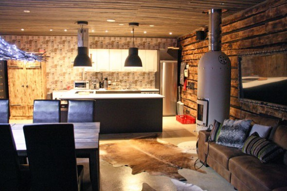 Luxury cottage and sauna in Lapland.