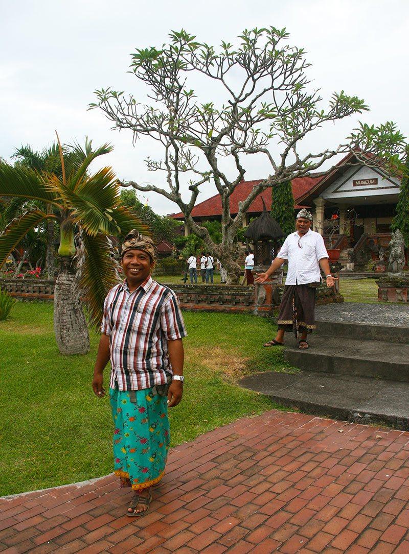 bali-temple-visit