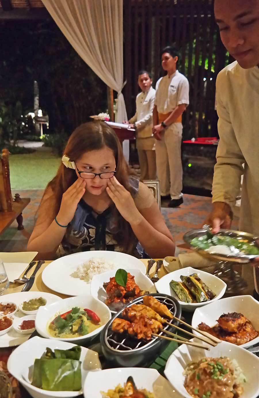 st-regis-balinese-dinner