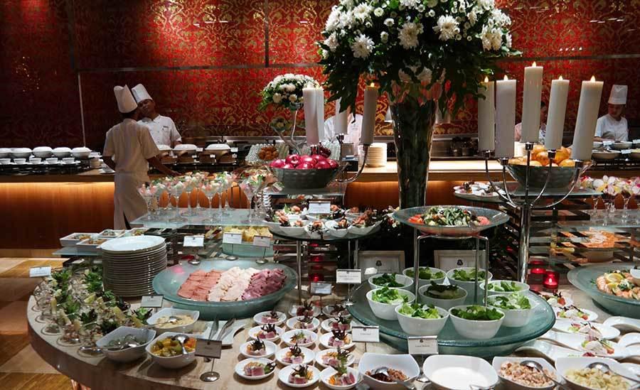st-regis-dinner-buffet