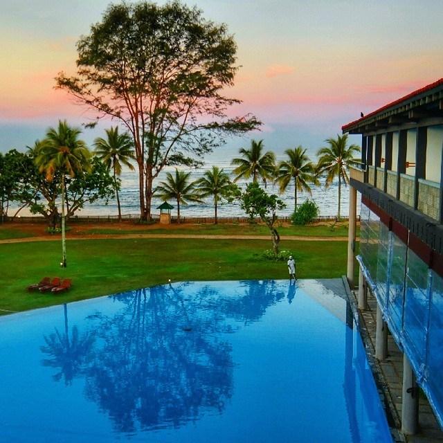 sri lanka cinnamon hotels beruwala beach