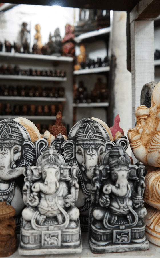 sri-lanka-elephant-souvenirs