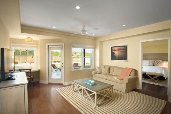 Sanderling Pool Suite