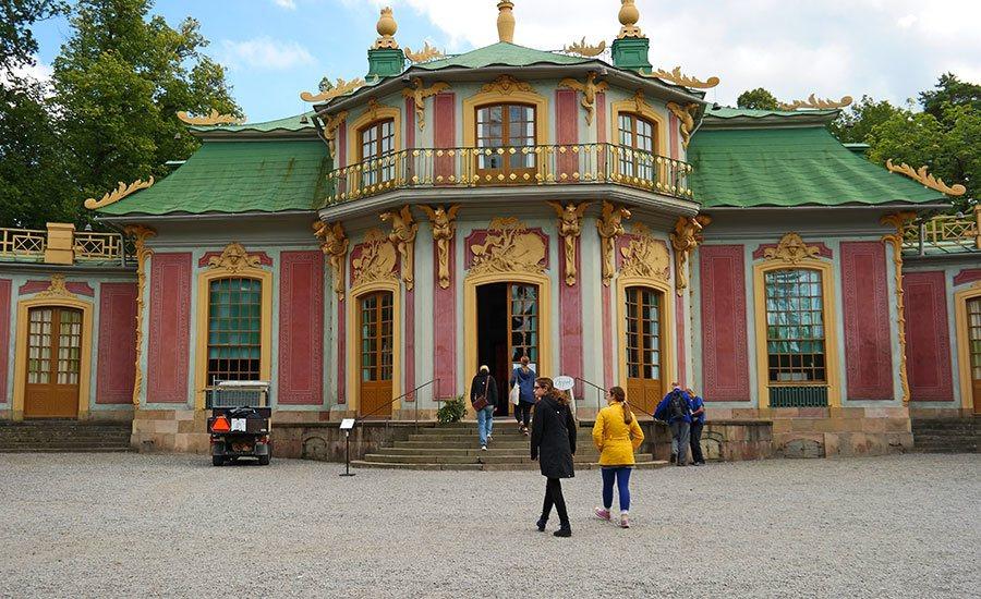 chinese-pavillion-palace