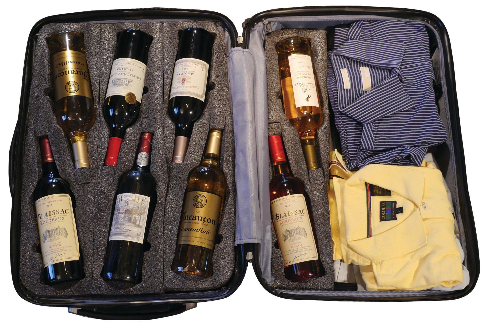 vinegarde valise perfect wine luggage for wine travels. Black Bedroom Furniture Sets. Home Design Ideas