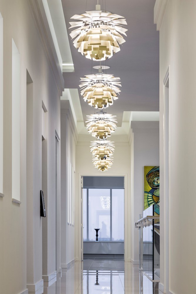 louis poulsen artichoke light fixtures shine in this aarhus penthouse skimbaco lifestyle. Black Bedroom Furniture Sets. Home Design Ideas