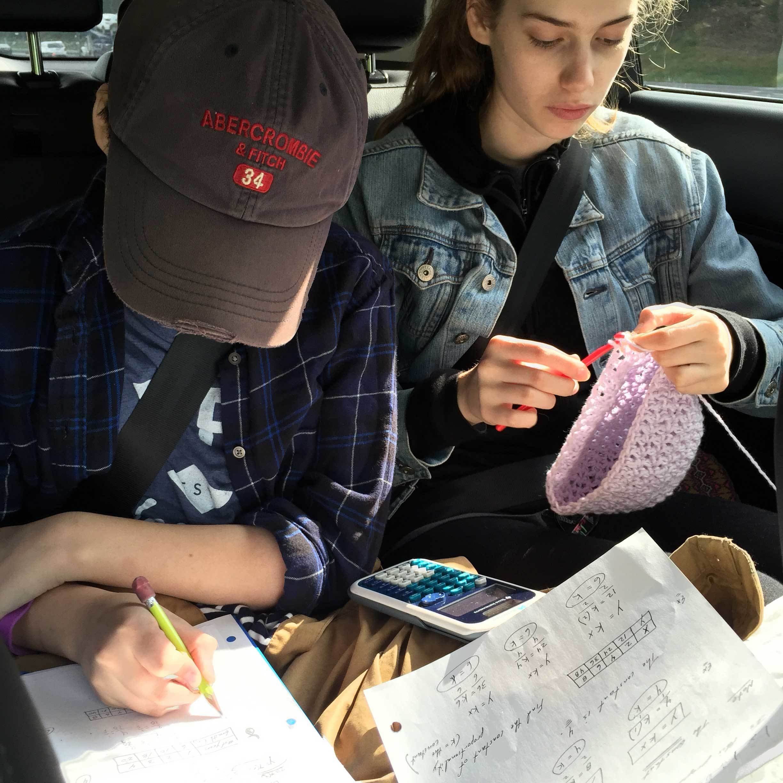 kids-on-backseat