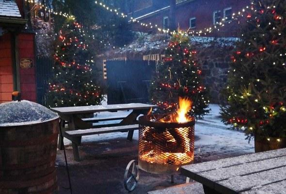 Share your Christmas photos with #skimbacoholidays