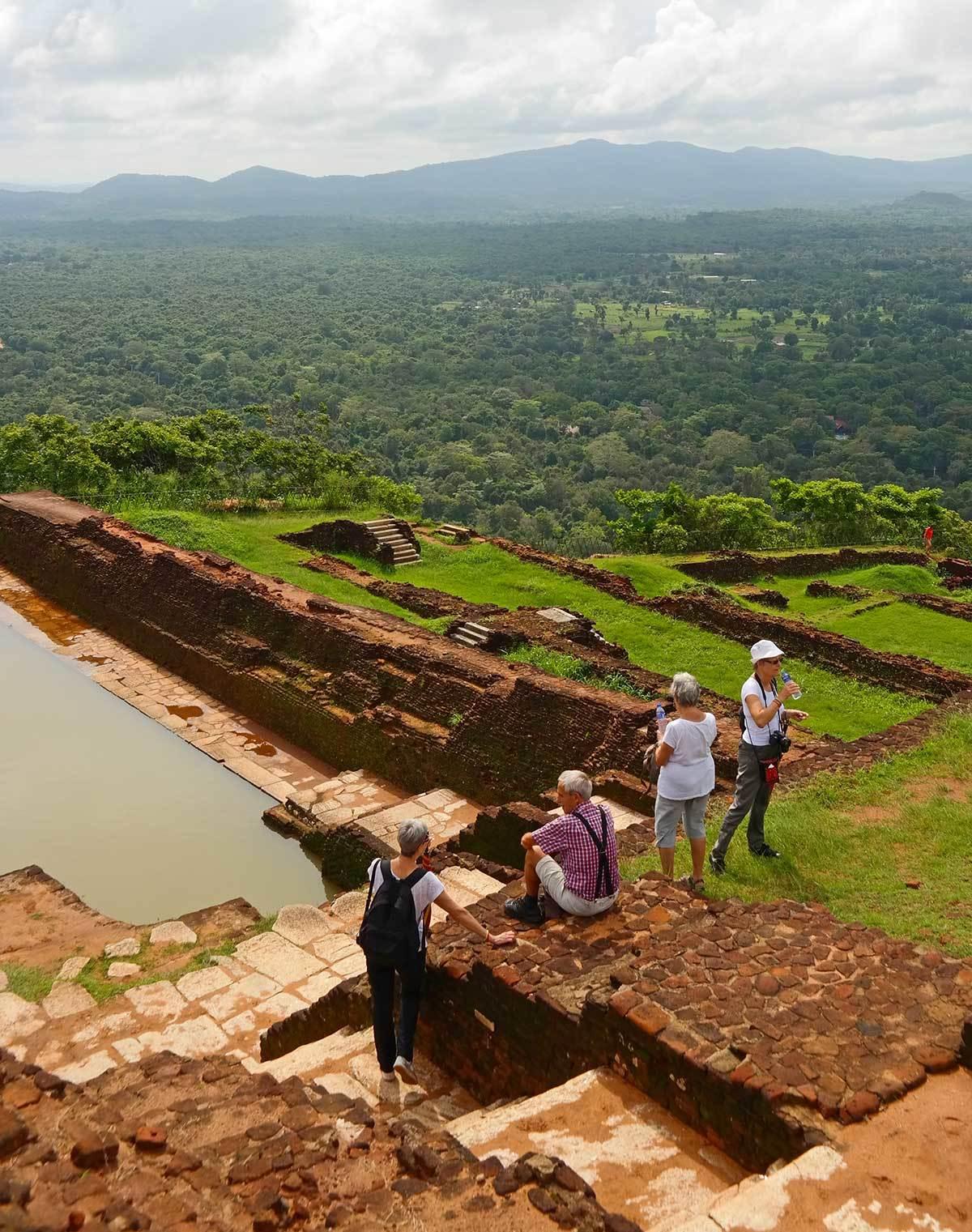 lion-rock-sri-lanka-fortress-ruins