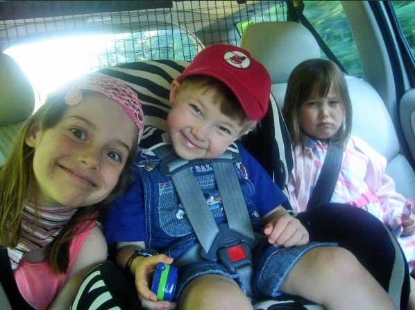 kids-in-the-backseat
