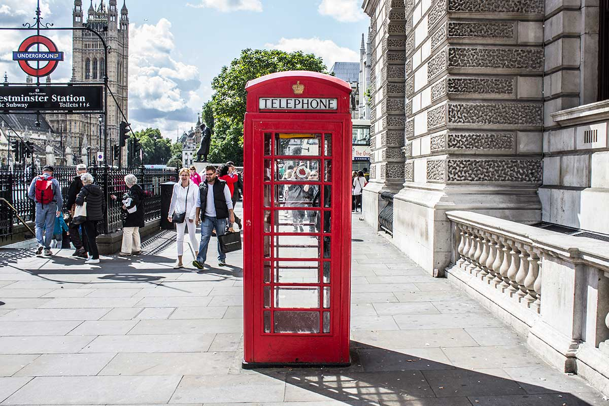 london-phone-booth